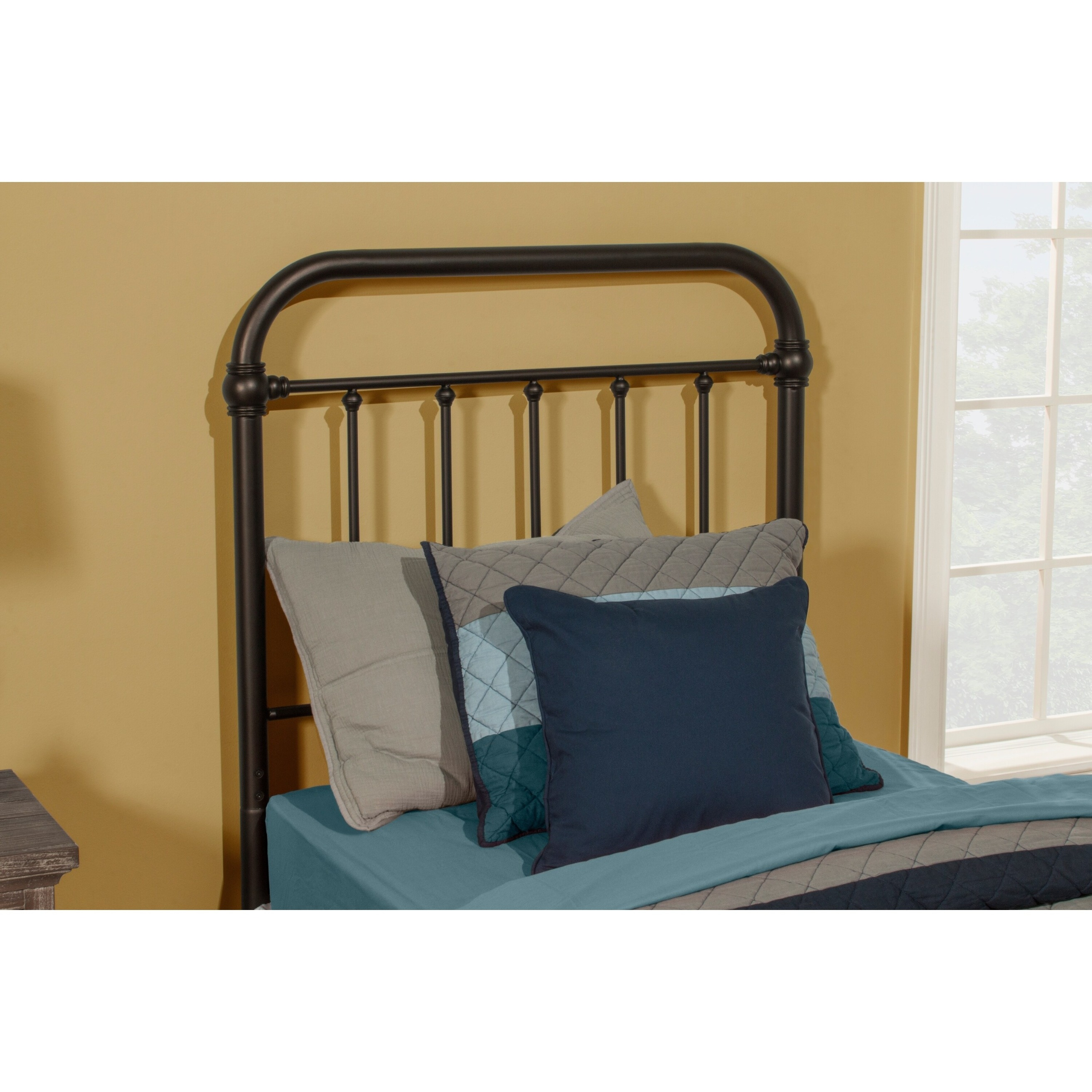 Carbon Loft Tamika Metal Headboard (Bed Frame Not Included)